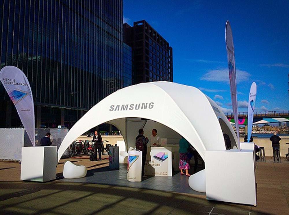2015 5 Uk Samsung Com2.jpg